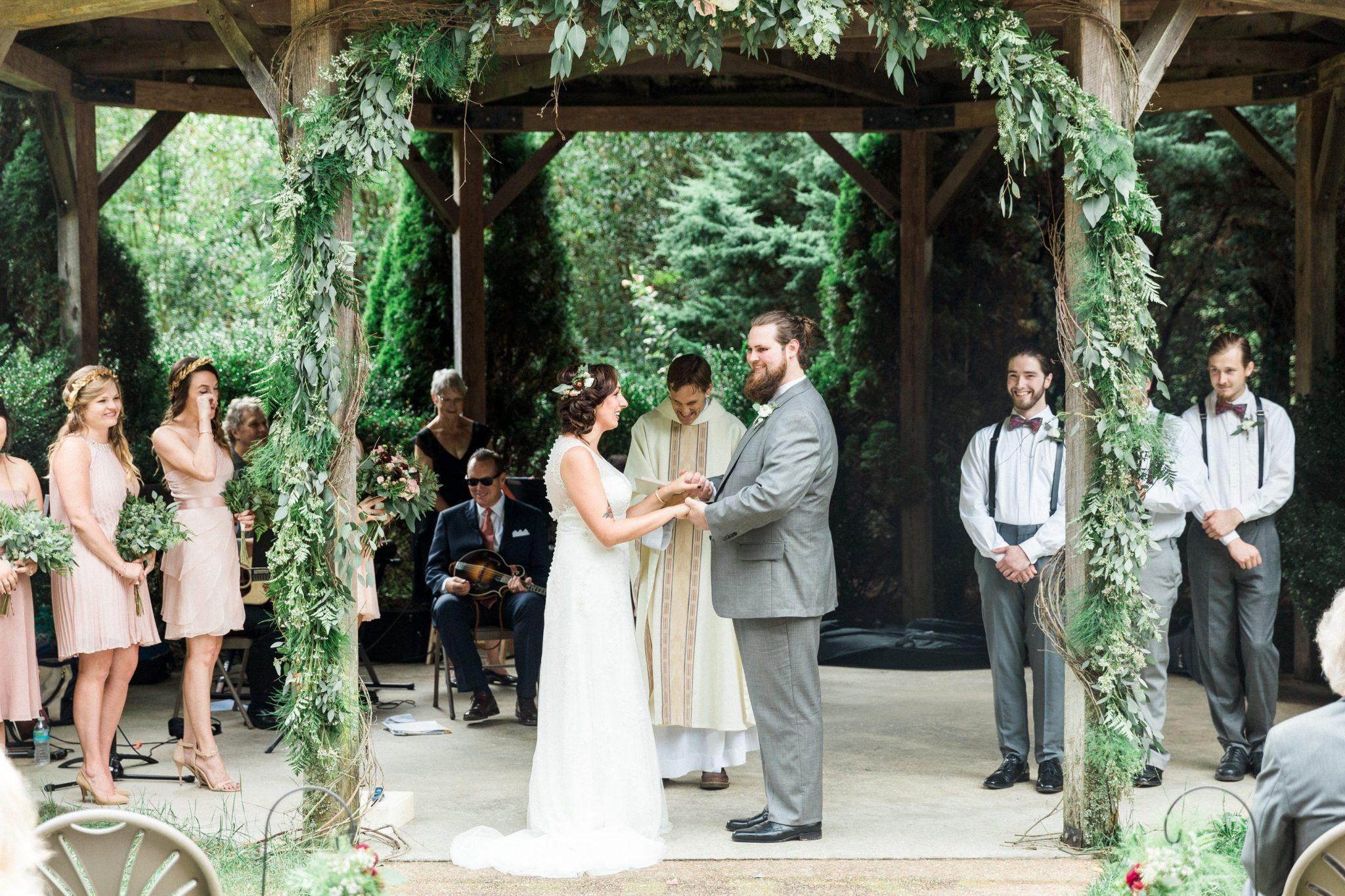 gazebo_marriage_ceremony