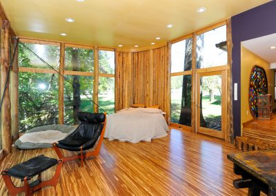 Glass-Bedroom